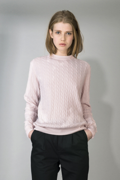 IRIS - LIGHT CABLE SWEATER